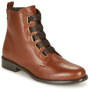 Μπότες Betty London NAMA
