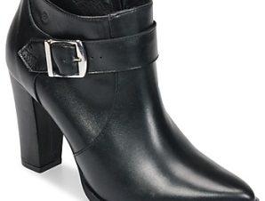 Μποτάκια/Low boots Betty London JYKA