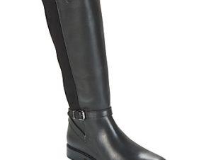 Μπότες για την πόλη Betty London JENDAY